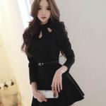 เสื้อผ้าเกาหลีชุดเดรสสั้นสีดำคอฉลุลายหยดน้ำแขนยาวกระโปรงบาน