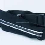 กระเป๋าคาดเอววิ่ง 1 ซิป สีดำ กระเป๋าเคลือบกันน้ำอย่างดี